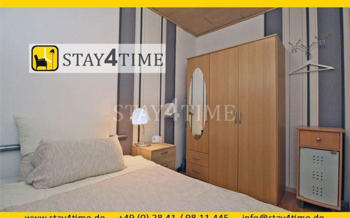 13 Schlafzimmer 1