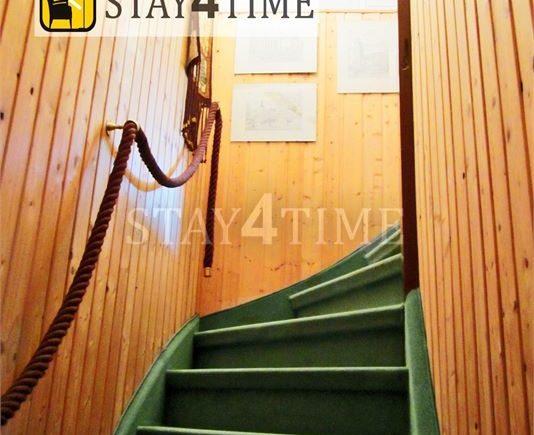 09 Treppe